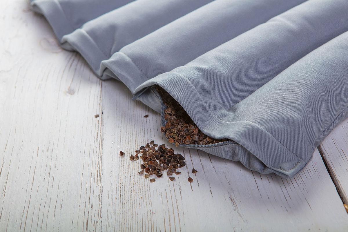 Poduszka z wypełnieniem z łuski gryki